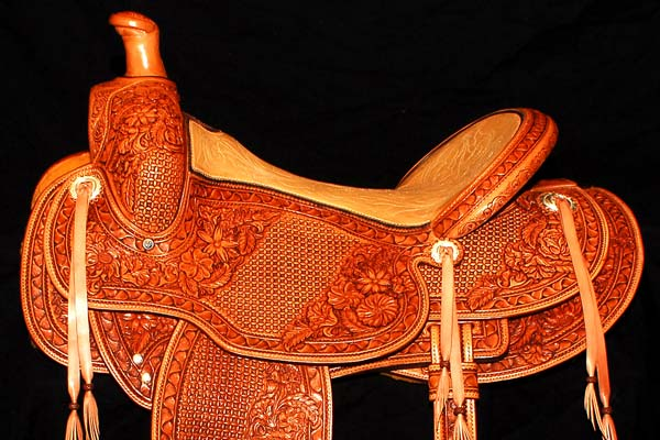 Cody Saddle